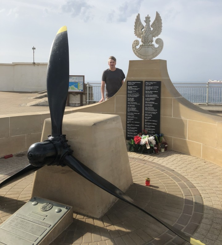 Daniel visits the memorial to General Sikorski